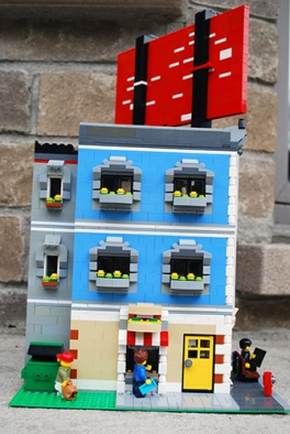 The back of my LEGO Corner Deli.