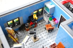 The main photoshoot and make-up area in my LEGO Photographer's Studio.