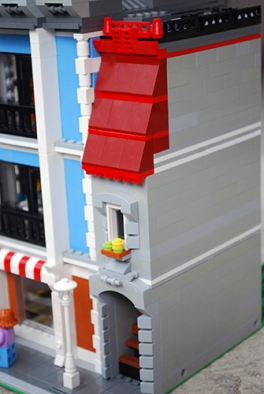 The side building of my LEGO Corner Deli housing the staircase.