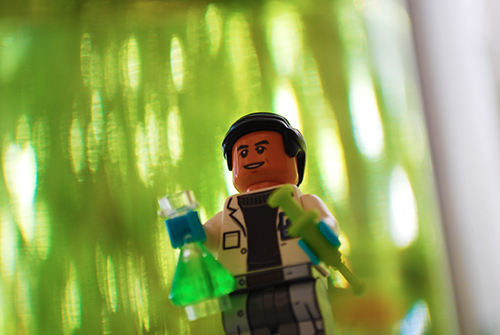 LEGO Jurassic World Dr. Wu Front View