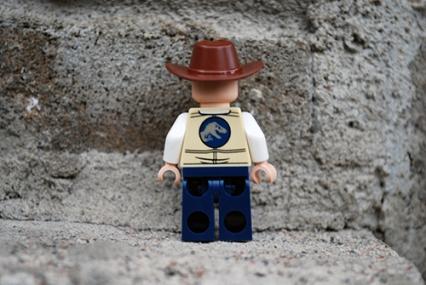 LEGO Jurassic World Vet Rear View