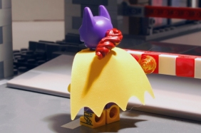 LEGO Batgirl rear view with cape.
