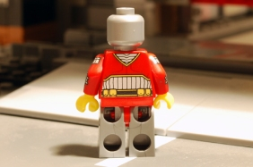 LEGO Deadshot, rear view without jet pack.