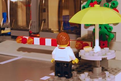 LEGO Pizza Van Chef - rear view