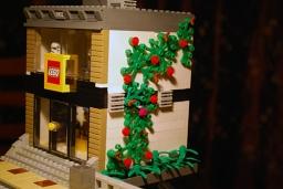 MOC LEGO Store foliage.