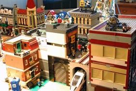 The beginnings of my LEGO shopping promenade.