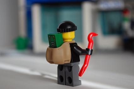 LEGO 60047 - Criminal 3 rear view