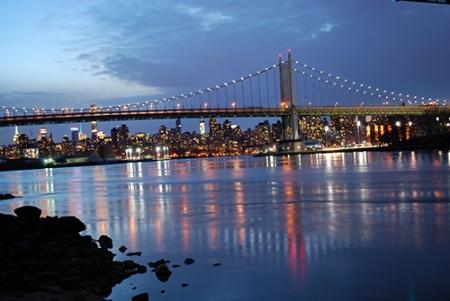 Robert F. Kennedy Bridge seen from Astoria Park.