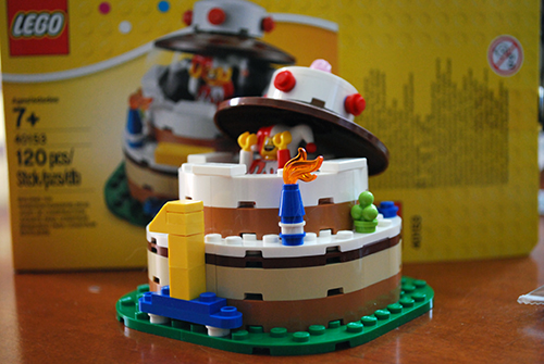LEGO Review Birthday Table Decoration 40153