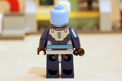 Mr. Freeze Ice Attack - Mr. Freeze unarmoured rear view