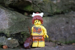 LEGO Cavewoman front view