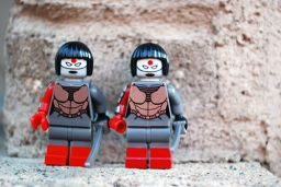 LEGO (left) and FLEGO (right) Katana