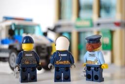 LEGO Bulldozer Break-in police rear view.
