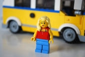LEGO Sunshine Surfer Van female Minifigure alternate face.