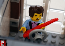 Rockin' it out at LEGO's Downtown Diner.