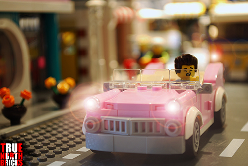 Cruisin' past LEGO's Downtown Diner.