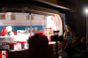 A night stroll past LEGO's Downtown Diner.